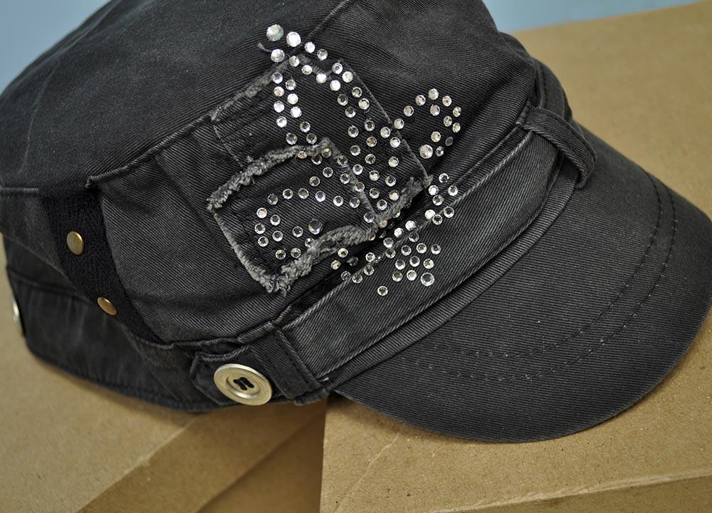 custom-apparel-_0011_Hat1